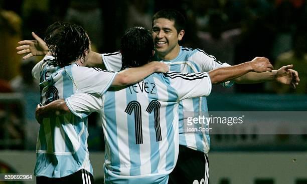 Joie Lionel MESSI Carlos TEVEZ et Juan Roman RIQUELME Argentine / Perou Copa America 2007 Stade Metropolitano Barquisimeto Venezuela