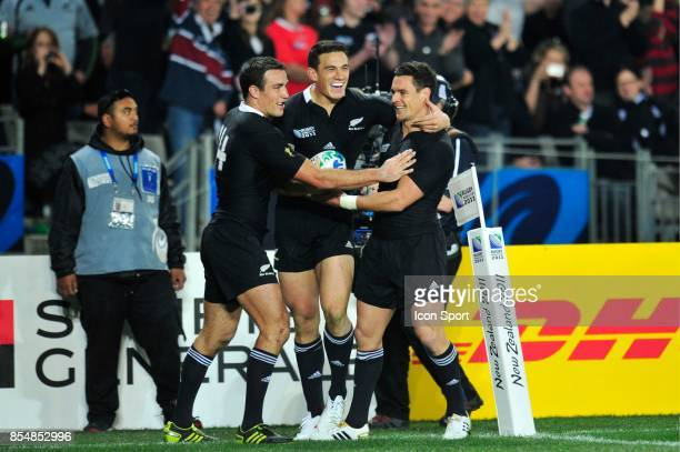 Joie Richard KAHUI / Sonny Bill Williams / Dan CARTER Nouvelle Zelande / Tonga Coupe du Monde rugby 2011