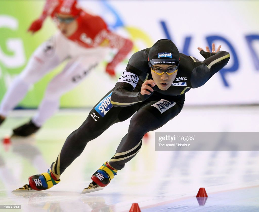 <a gi-track='captionPersonalityLinkClicked' href=/galleries/search?phrase=Joji+Kato&family=editorial&specificpeople=818932 ng-click='$event.stopPropagation()'>Joji Kato</a> of Japan competes in the Men's 500 metres during day one of the Essent ISU Long Track World Cup at the Utah Olympic Oval on November 15, 2013 in Salt Lake City, Utah.