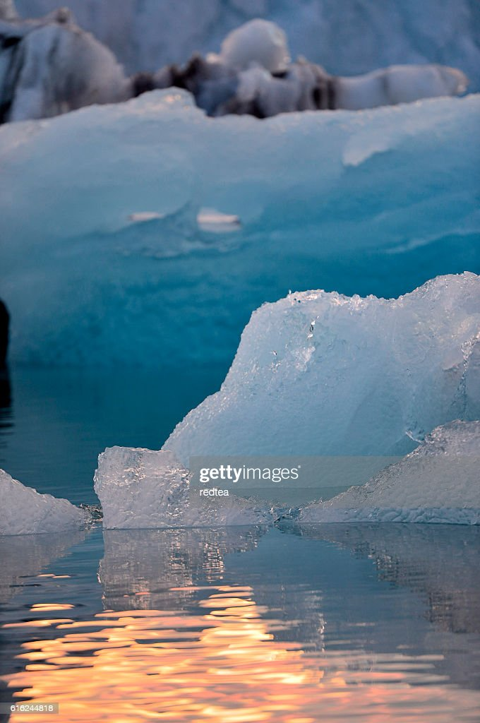 Jokulsarlon glacial lake in Iceland : Stock Photo