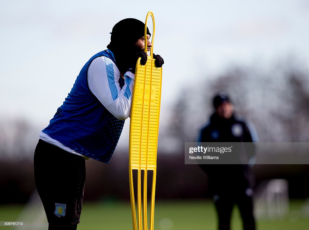 <a gi-track='captionPersonalityLinkClicked' href=/galleries/search?phrase=Joleon+Lescott&family=editorial&specificpeople=687246 ng-click='$event.stopPropagation()'>Joleon Lescott</a> of Aston Villa in action during a Aston Villa training session at the club's training ground at Bodymoor Heath on February 12, 2016 in Birmingham, England.