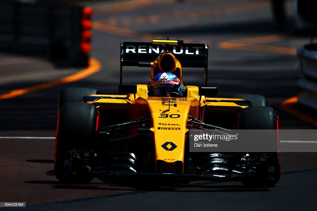 <a gi-track='captionPersonalityLinkClicked' href=/galleries/search?phrase=Jolyon+Palmer&family=editorial&specificpeople=7493068 ng-click='$event.stopPropagation()'>Jolyon Palmer</a> of Great Britain driving the (30) Renault Sport Formula One Team Renault RS16 Renault RE16 turbo on track during practice for the Monaco Formula One Grand Prix at Circuit de Monaco on May 26, 2016 in Monte-Carlo, Monaco.