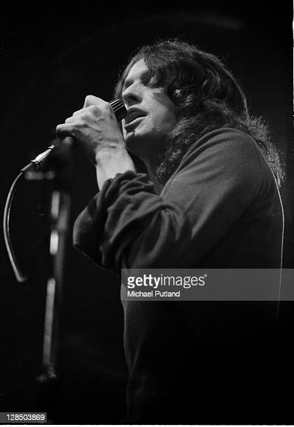 Jon Anderson of Yes performs on stage at the Camden Festival The Roundhouse London 25th April 1971