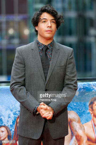 Jon Bass attends the 'Baywatch' Photo Call in Berlin on May 30 2017 in Berlin Germany
