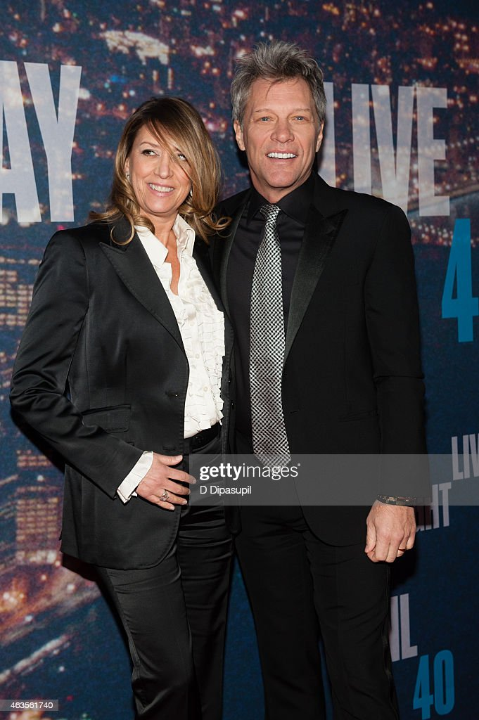 Jon Bon Jovi (R) and wife Dorothea Hurley attend the SNL 40th Anniversary Celebration at Rockefeller Plaza on February 15, 2015 in New York City.