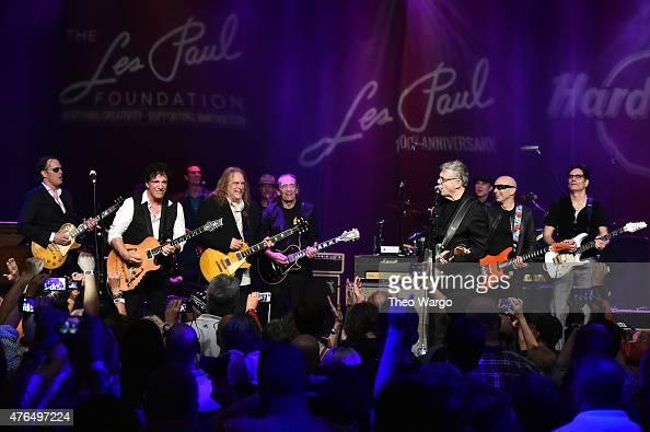 Jon Bonamasso Neal Schon Warren Haynes G E Smith Steve Miller Joe Satriani and Steve Vai perform on stage at the Les Paul 100th Anniversary...