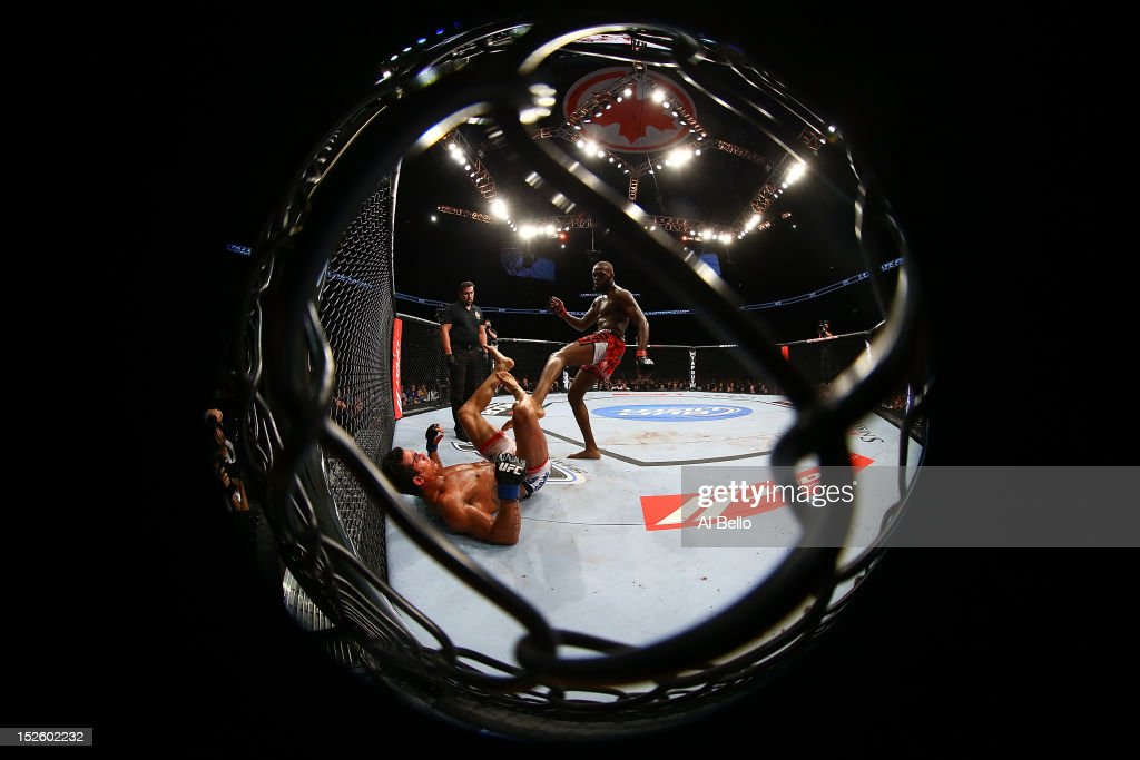 Jon 'Bones' Jones kicks <a gi-track='captionPersonalityLinkClicked' href=/galleries/search?phrase=Vitor+Belfort&family=editorial&specificpeople=3433934 ng-click='$event.stopPropagation()'>Vitor Belfort</a> during their light heavyweight championship bout at UFC 152 inside Air Canada Centre on September 22, 2012 in Toronto, Ontario, Canada.