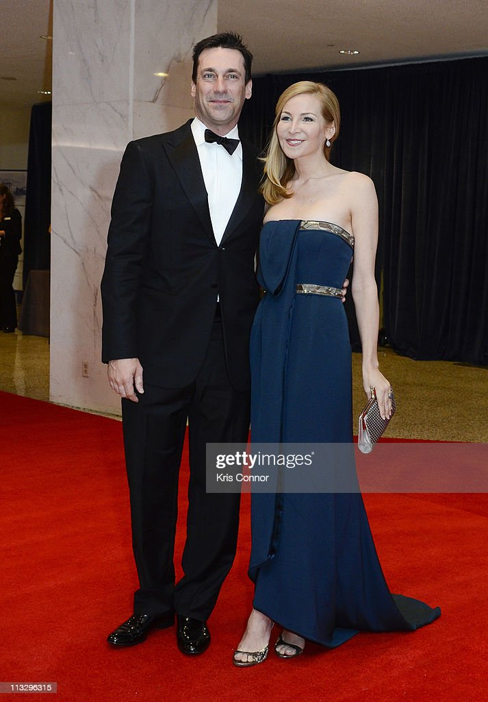 <a gi-track='captionPersonalityLinkClicked' href=/galleries/search?phrase=Jon+Hamm&family=editorial&specificpeople=3027367 ng-click='$event.stopPropagation()'>Jon Hamm</a> and <a gi-track='captionPersonalityLinkClicked' href=/galleries/search?phrase=Jennifer+Westfeldt&family=editorial&specificpeople=228494 ng-click='$event.stopPropagation()'>Jennifer Westfeldt</a> attend the 2011 White House Correspondents' Association Dinner at the Washington Hilton on April 30, 2011 in Washington, DC.