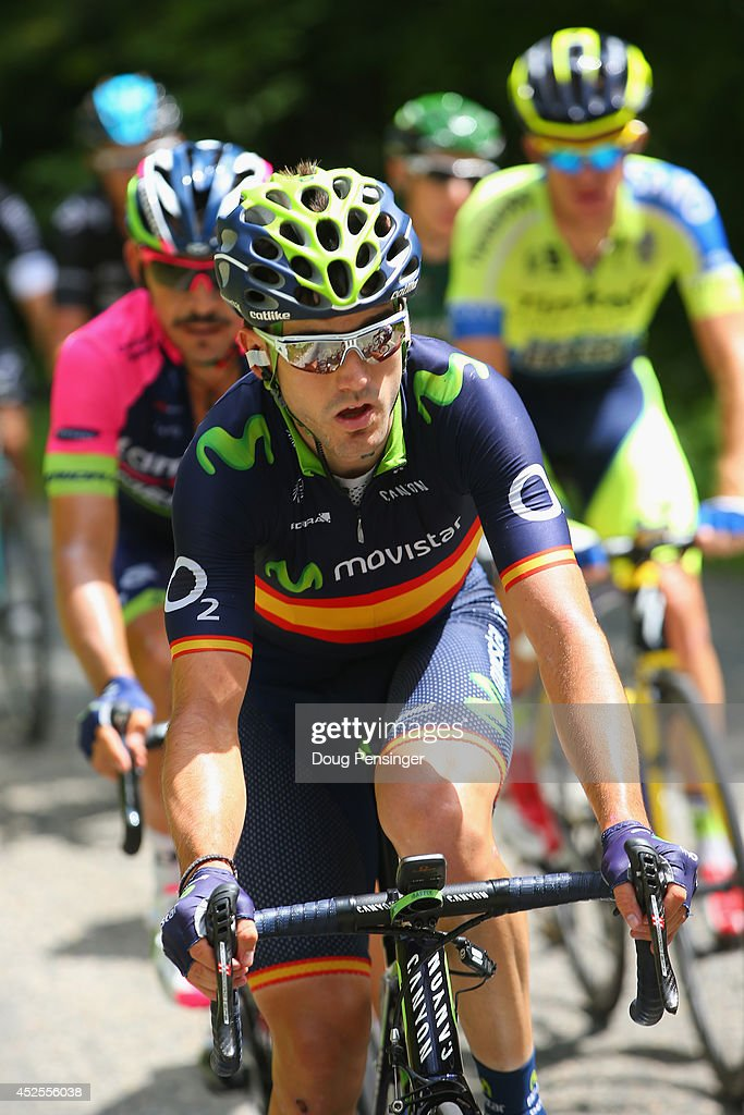 http://media.gettyimages.com/photos/jon-izaguirre-insausti-of-spain-and-the-movistar-team-rides-in-the-picture-id452556038