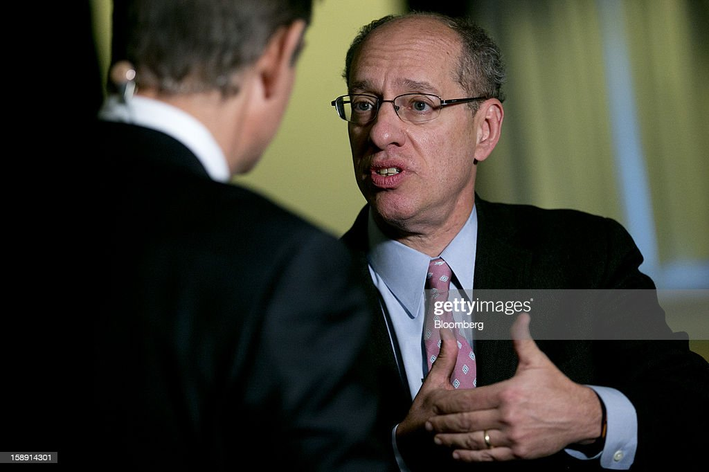Jon Leibowitz, chairman of the Federal Trade Commission (FTC), right, speaks during during a Bloomberg Television interview following a news conference in Washington, D.C., U.S., on Thursday, Jan. 3, 2013. Google Inc. avoiding a potentially costly legal battle with U.S. regulators, ended a 20-month antitrust probe by pledging to change some business practices and settling allegations it misused patents to thwart competitors in smartphone technology. Photographer: Andrew Harrer/Bloomberg via Getty Images