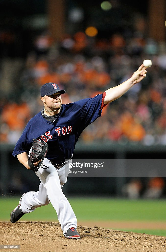 <a gi-track='captionPersonalityLinkClicked' href=/galleries/search?phrase=Jon+Lester&family=editorial&specificpeople=832746 ng-click='$event.stopPropagation()'>Jon Lester</a> #31 of the Boston Red Sox pitches in the first inning against the Baltimore Orioles at Oriole Park at Camden Yards on September 28, 2013 in Baltimore, Maryland.