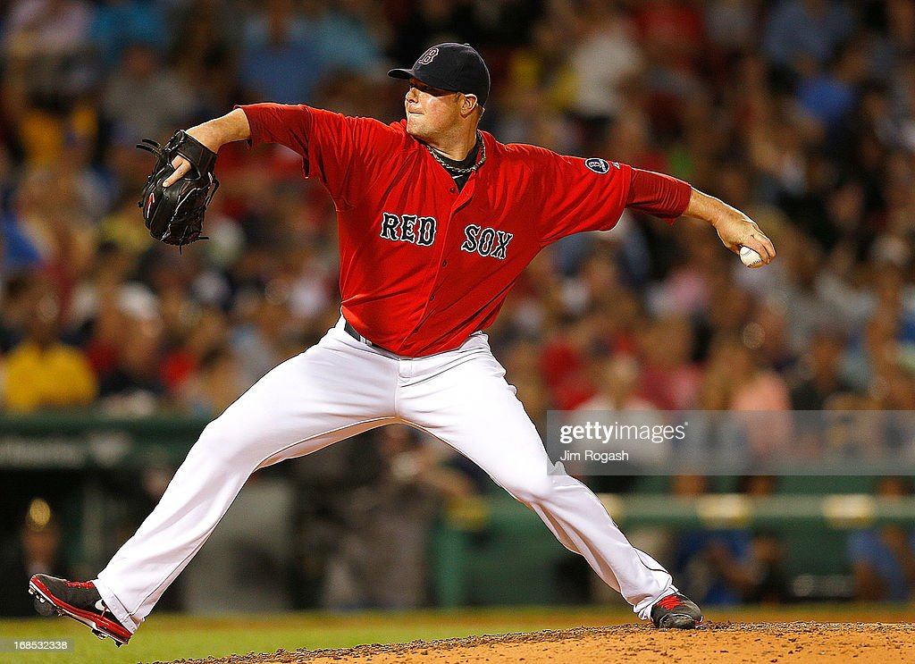 <a gi-track='captionPersonalityLinkClicked' href=/galleries/search?phrase=Jon+Lester&family=editorial&specificpeople=832746 ng-click='$event.stopPropagation()'>Jon Lester</a> #31 of the Boston Red Sox throws in the 6th inning against the Toronto Blue Jays at Fenway Park on May 10, 2013 in Boston, Massachusetts.