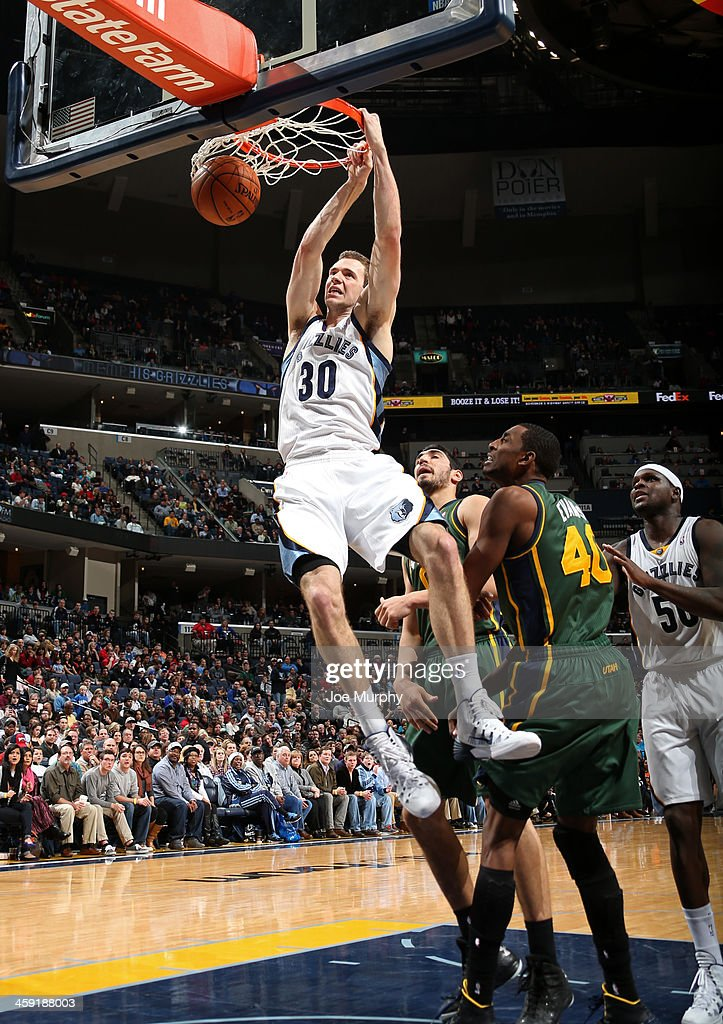 <a gi-track='captionPersonalityLinkClicked' href=/galleries/search?phrase=Jon+Leuer&family=editorial&specificpeople=4630766 ng-click='$event.stopPropagation()'>Jon Leuer</a> #30 of the Memphis Grizzlies dunks against the Utah Jazz on December 23, 2013 at FedExForum in Memphis, Tennessee.