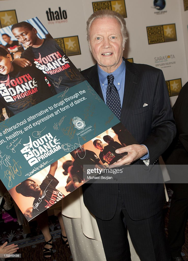 Jon Voight attends Critics' Choice Television Awards VIP Lounge on June 10, 2013 in Los Angeles, California.