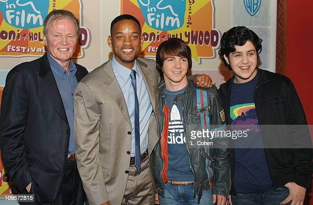 Jon Voight Will Smith Drake Bell and Josh Peck during Giffoni Hollywood Film Festival Press Conference at Nickelodeon Studios in Hollywood California...