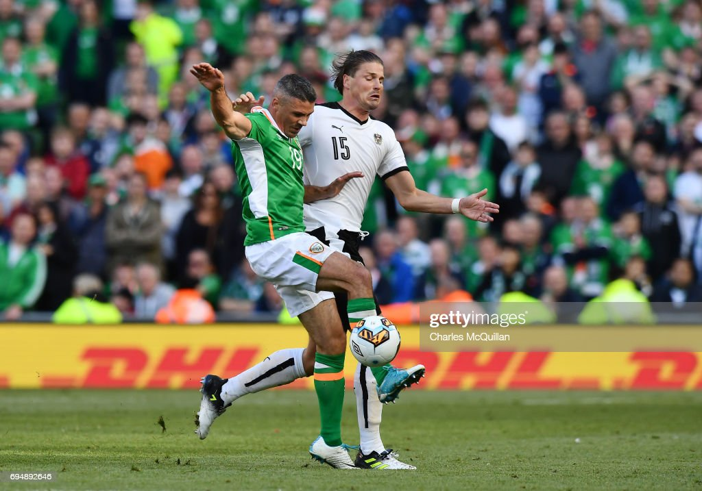 Jon Walters (L) of Republic of Ireland and Sebastian Prodi (R) of Austria during the FIFA 2018 World Cup Qualifier between Republic of Ireland and Austria at Aviva Stadium on June 11, 2017 in Dublin.