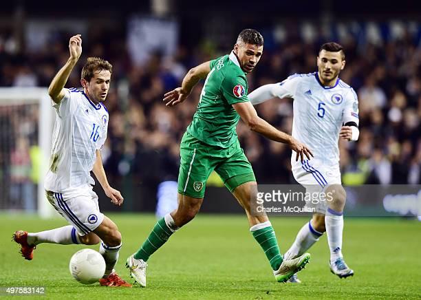Jon Walters of Republic of Ireland and Senad Lulic and Sead Kolasinac of BosniaHerzegovina during the Euro 2016 playoff second leg match at Aviva...