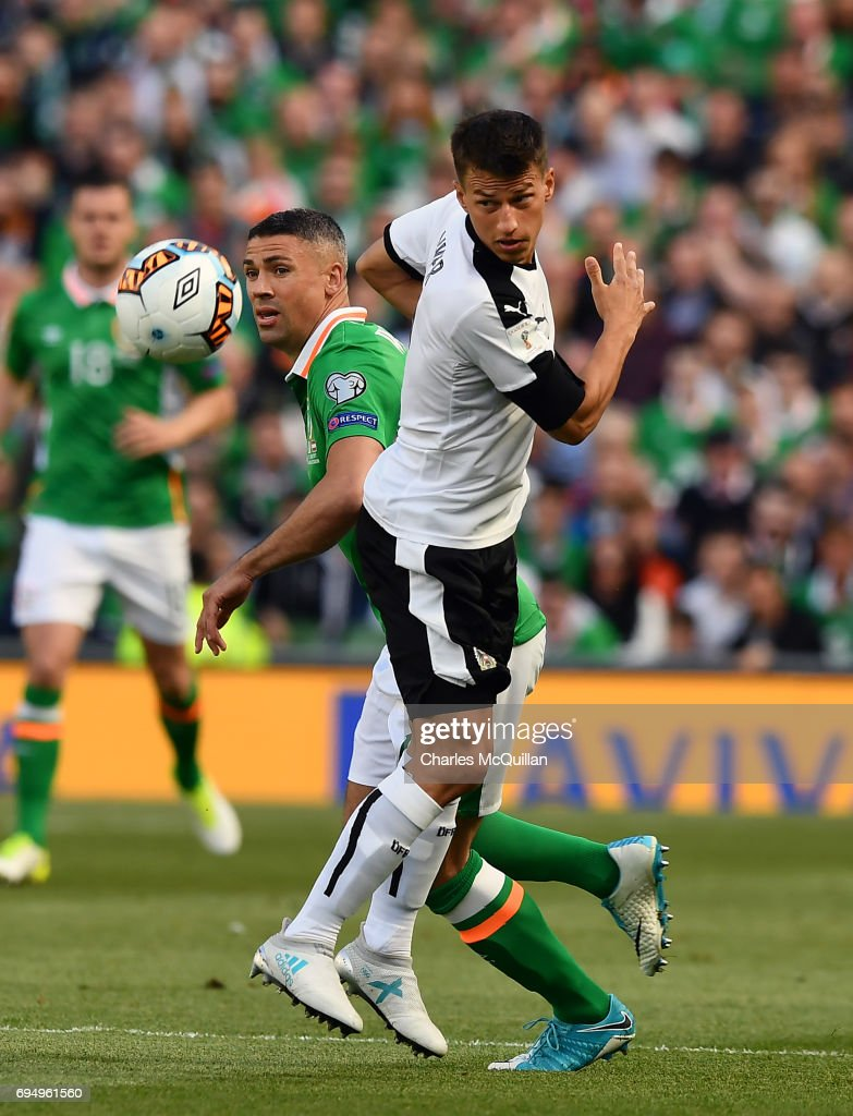 Jon Walters (L) of Republic of Ireland and Stefan Lainer (R) of Austria during the FIFA 2018 World Cup Qualifier between Republic of Ireland and Austria at Aviva Stadium on June 11, 2017 in Dublin.