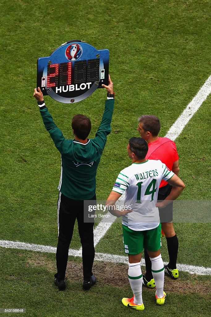 Jon Walters of Republic of Ireland stands on the touchline during the UEFA EURO 2016 round of 16 match between France and Republic of Ireland at Stade des Lumieres on June 26, 2016 in Lyon, France.
