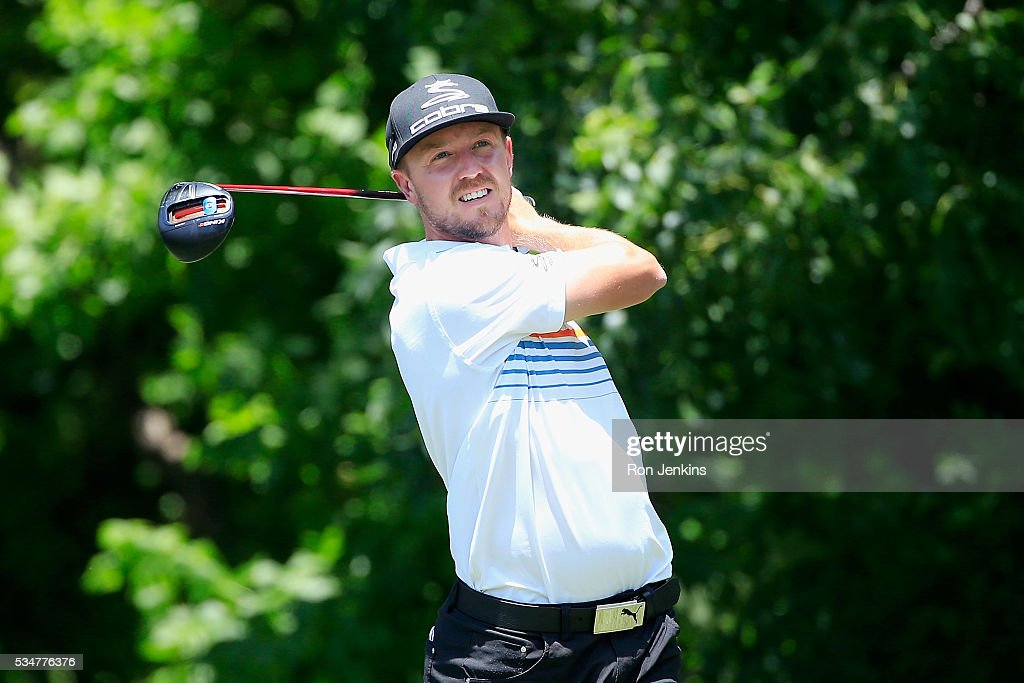 <a gi-track='captionPersonalityLinkClicked' href=/galleries/search?phrase=Jonas+Blixt&family=editorial&specificpeople=4387884 ng-click='$event.stopPropagation()'>Jonas Blixt</a> of Sweden plays his shot from the sixth tee during the Second Round of the DEAN & DELUCA Invitational at Colonial Country Club on May 27, 2016 in Fort Worth, Texas.