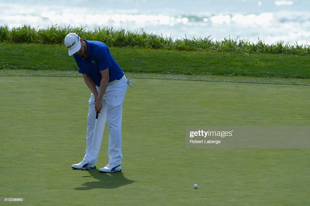 <a gi-track='captionPersonalityLinkClicked' href=/galleries/search?phrase=Jonas+Blixt&family=editorial&specificpeople=4387884 ng-click='$event.stopPropagation()'>Jonas Blixt</a> of Sweden putts on the ninth green during the final round of the AT&T Pebble Beach National Pro-Am at the Pebble Beach Golf Links on February 14, 2016 in Pebble Beach, California.