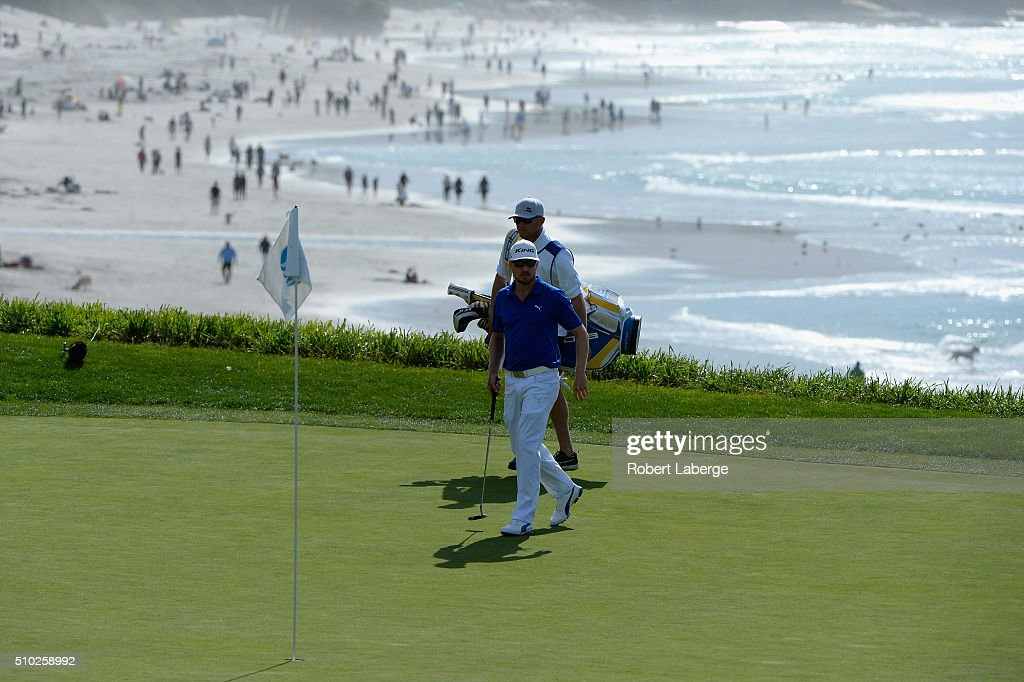<a gi-track='captionPersonalityLinkClicked' href=/galleries/search?phrase=Jonas+Blixt&family=editorial&specificpeople=4387884 ng-click='$event.stopPropagation()'>Jonas Blixt</a> of Sweden walks on the ninth green during the final round of the AT&T Pebble Beach National Pro-Am at the Pebble Beach Golf Links on February 14, 2016 in Pebble Beach, California.