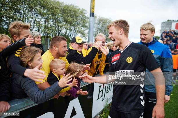 Jonas Gemmer of AC Horsens celebrates with the fans after the Danish Alka Superliga Playoff match between Vendsyssel FF and AC Horsens at Bredband...