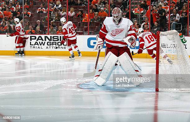 Jonas Gustavsson of the Detroit Red Wings readies for the start of his game against the Philadelphia Flyers on October 25 2014 at the Wells Fargo...