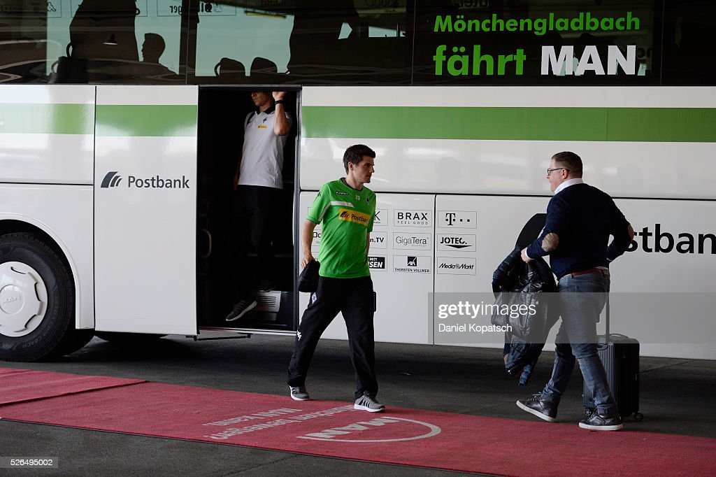 Jonas Hofmann of Moenchengladbach arrives prior to the Bundesliga match between FC Bayern Muenchen and Borussia Moenchengladbach at Allianz Arena on April 30, 2016 in Munich, Germany.