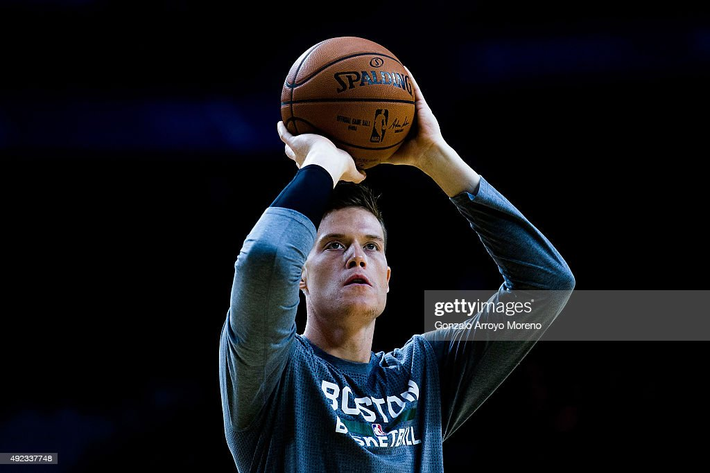 Jonas Jerebko of Boston Celtics shoots during his warming up prior to start the friendlies of the NBA Global Games 2015 basketball match between Real...