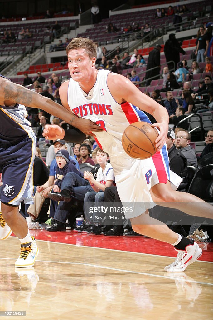 Jonas Jerebko #33 of the Detroit Pistons drives to the basket against the Memphis Grizzlies on February 19, 2013 at The Palace of Auburn Hills in Auburn Hills, Michigan.