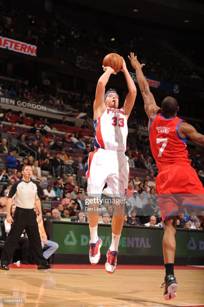 <a gi-track='captionPersonalityLinkClicked' href=/galleries/search?phrase=Jonas+Jerebko&family=editorial&specificpeople=5942357 ng-click='$event.stopPropagation()'>Jonas Jerebko</a> #33 of the Detroit Pistons goes for a jump shot against Sam Young #7 of the Philadelphia 76ers during the game between the Detroit Pistons and the Philadelphia 76ers on April 26, 2012 at The Palace of Auburn Hills in Auburn Hills, Michigan.