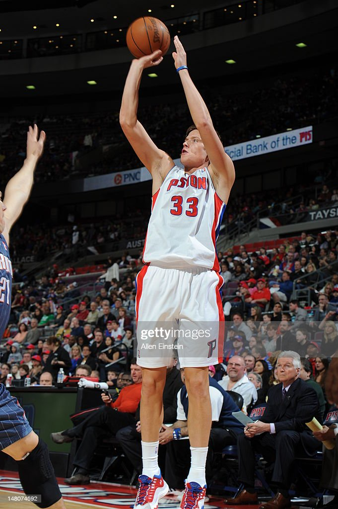 Jonas Jerebko #33 of the Detroit Pistons takes a shot against the Charlotte Bobcats during the game on March 31, 2012 at The Palace of Auburn Hills in Auburn Hills, Michigan.