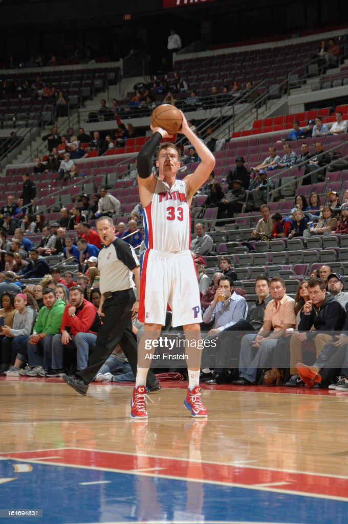 Jonas Jerebko #33 of the Detroit Pistons takes a wide-open shot against the Minnesota Timberwolves during the game on March 26, 2013 at The Palace of Auburn Hills in Auburn Hills, Michigan.