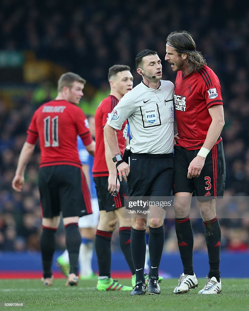 <a gi-track='captionPersonalityLinkClicked' href=/galleries/search?phrase=Jonas+Olsson&family=editorial&specificpeople=2855165 ng-click='$event.stopPropagation()'>Jonas Olsson</a> of West Bromwich Albion argues with referee <a gi-track='captionPersonalityLinkClicked' href=/galleries/search?phrase=Michael+Oliver+-+Soccer+Referee&family=editorial&specificpeople=14095035 ng-click='$event.stopPropagation()'>Michael Oliver</a> before showing an yellow card to Ben Foster (not pictured) during the Barclays Premier League match between Everton and West Bromwich Albion at Goodison Park on February 13, 2016 in Liverpool, England.