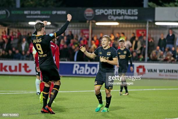 Jonas Svensson of AZ Alkmaar celebrates 04 with Wout Weghorst of AZ Alkmaar during the Dutch KNVB Beker match between Almere City v AZ Alkmaar at the...