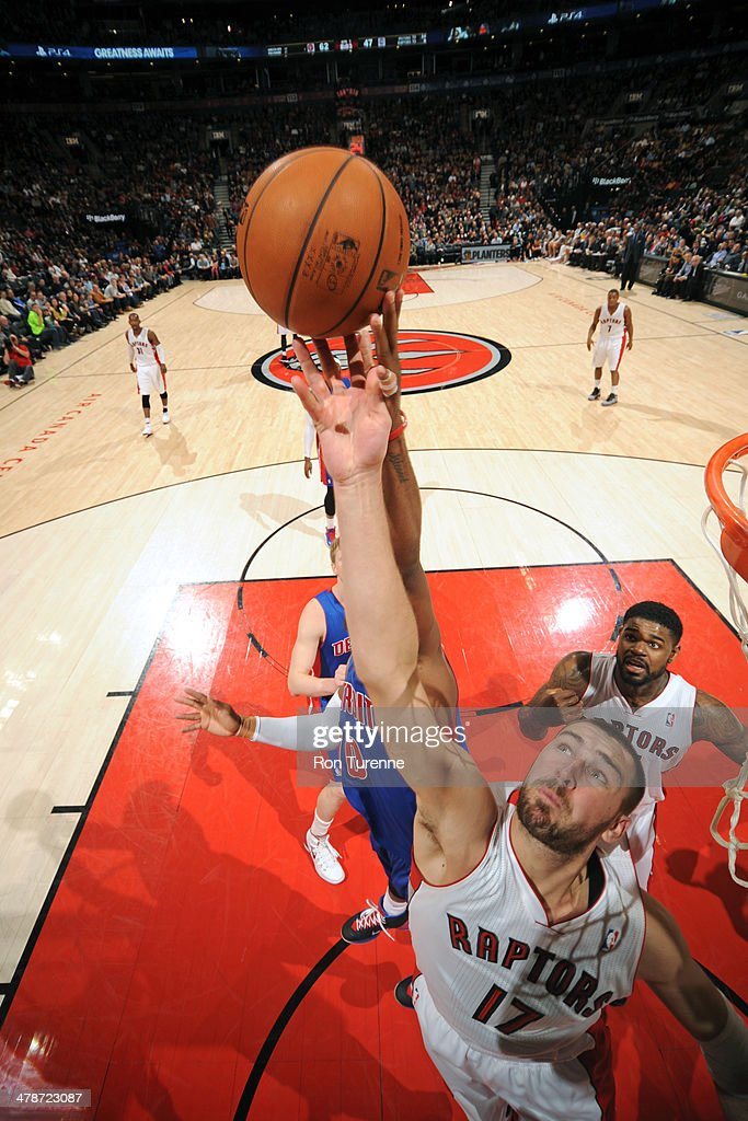 <a gi-track='captionPersonalityLinkClicked' href=/galleries/search?phrase=Jonas+Valanciunas&family=editorial&specificpeople=5654195 ng-click='$event.stopPropagation()'>Jonas Valanciunas</a> #17 of the Toronto Raptors shoots against the Detroit Pistons on March 12, 2014 at the Air Canada Centre in Toronto, Ontario, Canada.