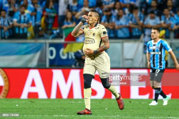 Jonatan Alvez of Barcelona de Guayaquil celebrates their first goal during Gremio v Barcelona de Guayaquil match part of Copa Bridgestone...