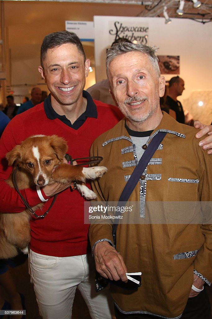 <a gi-track='captionPersonalityLinkClicked' href=/galleries/search?phrase=Jonathan+Adler&family=editorial&specificpeople=2257680 ng-click='$event.stopPropagation()'>Jonathan Adler</a> and <a gi-track='captionPersonalityLinkClicked' href=/galleries/search?phrase=Simon+Doonan&family=editorial&specificpeople=5310702 ng-click='$event.stopPropagation()'>Simon Doonan</a> at the Southampton Elks Fairgrounds on June 3, 2016 in Southampton, New York.