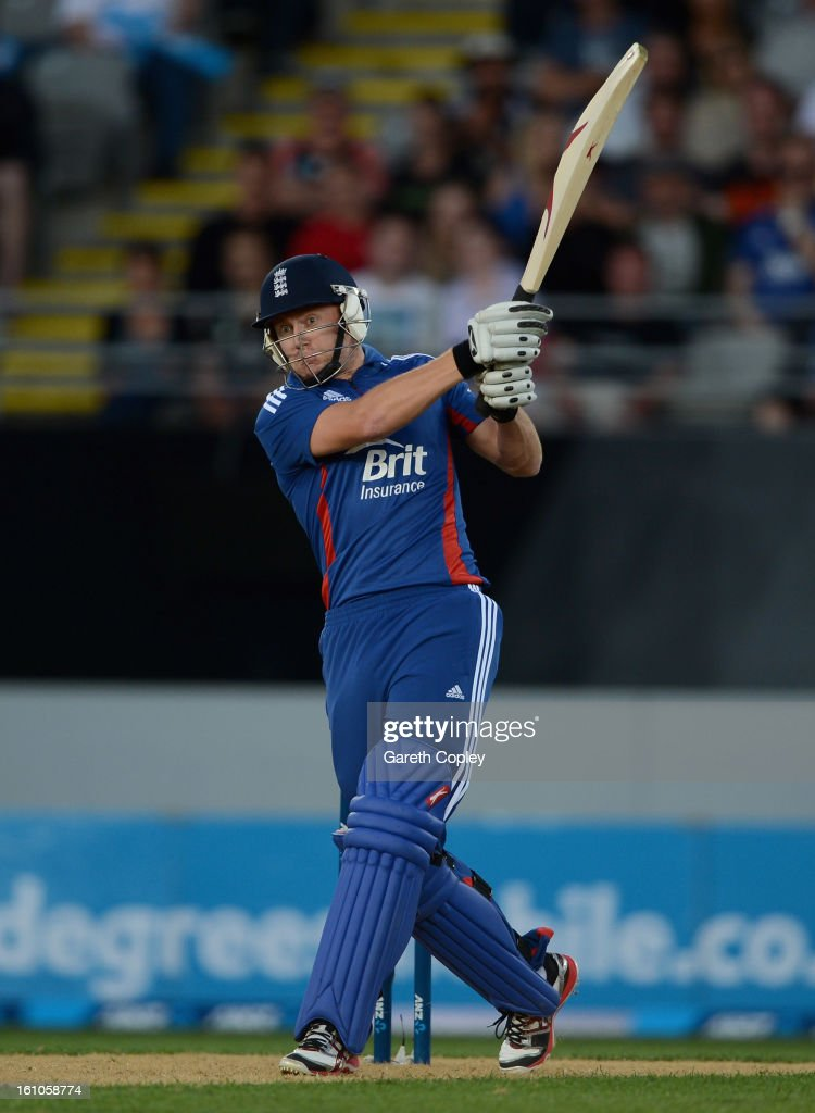 <a gi-track='captionPersonalityLinkClicked' href=/galleries/search?phrase=Jonathan+Bairstow&family=editorial&specificpeople=6893210 ng-click='$event.stopPropagation()'>Jonathan Bairstow</a> of England bats during the 1st T20 International between New Zealand and England at Eden Park on February 9, 2013 in Auckland, New Zealand.