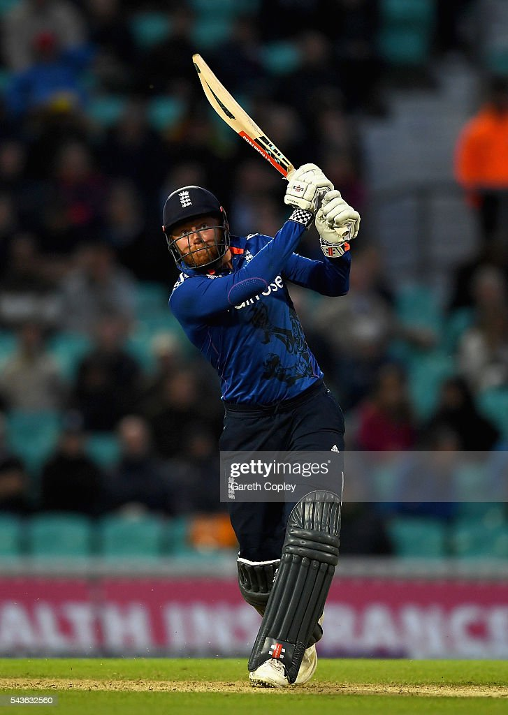 <a gi-track='captionPersonalityLinkClicked' href=/galleries/search?phrase=Jonathan+Bairstow&family=editorial&specificpeople=6893210 ng-click='$event.stopPropagation()'>Jonathan Bairstow</a> of England bats during the 4th ODI Royal London One Day International match between England and Sri Lanka at The Kia Oval on June 29, 2016 in London, England.