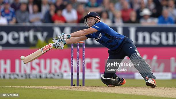 Jonathan Bairstow of England bats during the 4th Royal London OneDay International match between England and Australia at Headingley on September 11...