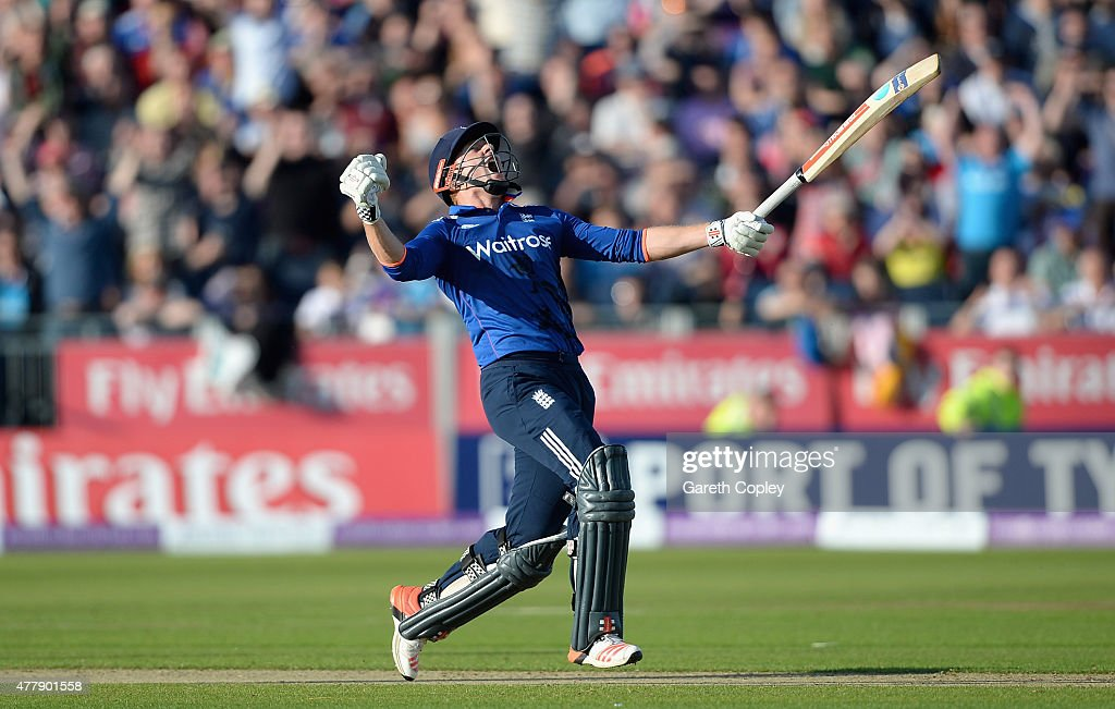 Jonathan Bairstow of England celebrates hitting the winning runs to win the 5th ODI Royal London OneDay match between England and New Zealand at...