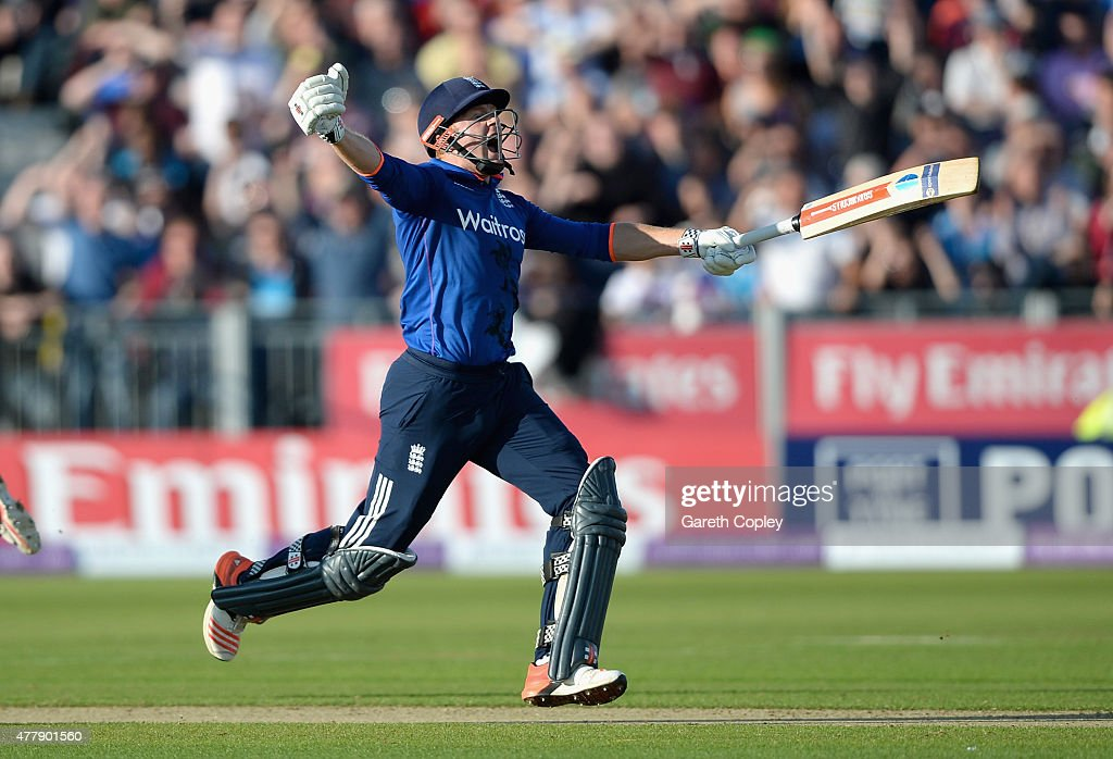 <a gi-track='captionPersonalityLinkClicked' href=/galleries/search?phrase=Jonathan+Bairstow&family=editorial&specificpeople=6893210 ng-click='$event.stopPropagation()'>Jonathan Bairstow</a> of England celebrates hitting the winning runs to win the 5th ODI Royal London One-Day match between England and New Zealand at Emirates Durham ICG on June 20, 2015 in Chester-le-Street, England.
