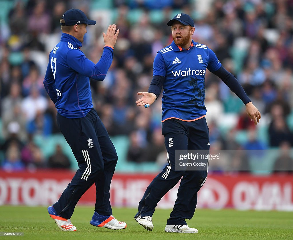<a gi-track='captionPersonalityLinkClicked' href=/galleries/search?phrase=Jonathan+Bairstow&family=editorial&specificpeople=6893210 ng-click='$event.stopPropagation()'>Jonathan Bairstow</a> of England celebrates with <a gi-track='captionPersonalityLinkClicked' href=/galleries/search?phrase=Jason+Roy+-+Cricket+Player&family=editorial&specificpeople=13892033 ng-click='$event.stopPropagation()'>Jason Roy</a> after running out Kusal Perera of Sri Lanka during the 4th ODI Royal London One Day International match between England and Sri Lanka at The Kia Oval on June 29, 2016 in London, England.