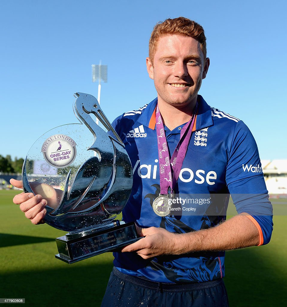 <a gi-track='captionPersonalityLinkClicked' href=/galleries/search?phrase=Jonathan+Bairstow&family=editorial&specificpeople=6893210 ng-click='$event.stopPropagation()'>Jonathan Bairstow</a> of England celebrates with the series trophy after winning the 5th ODI Royal London One-Day match between England and New Zealand at Emirates Durham ICG on June 20, 2015 in Chester-le-Street, England.
