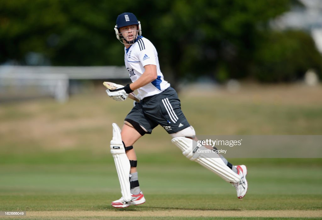 Jonathan Bairstow of England runs between the wickets during an England nets session at Queenstown Events Centre on February 26, 2013 in Queenstown, New Zealand.