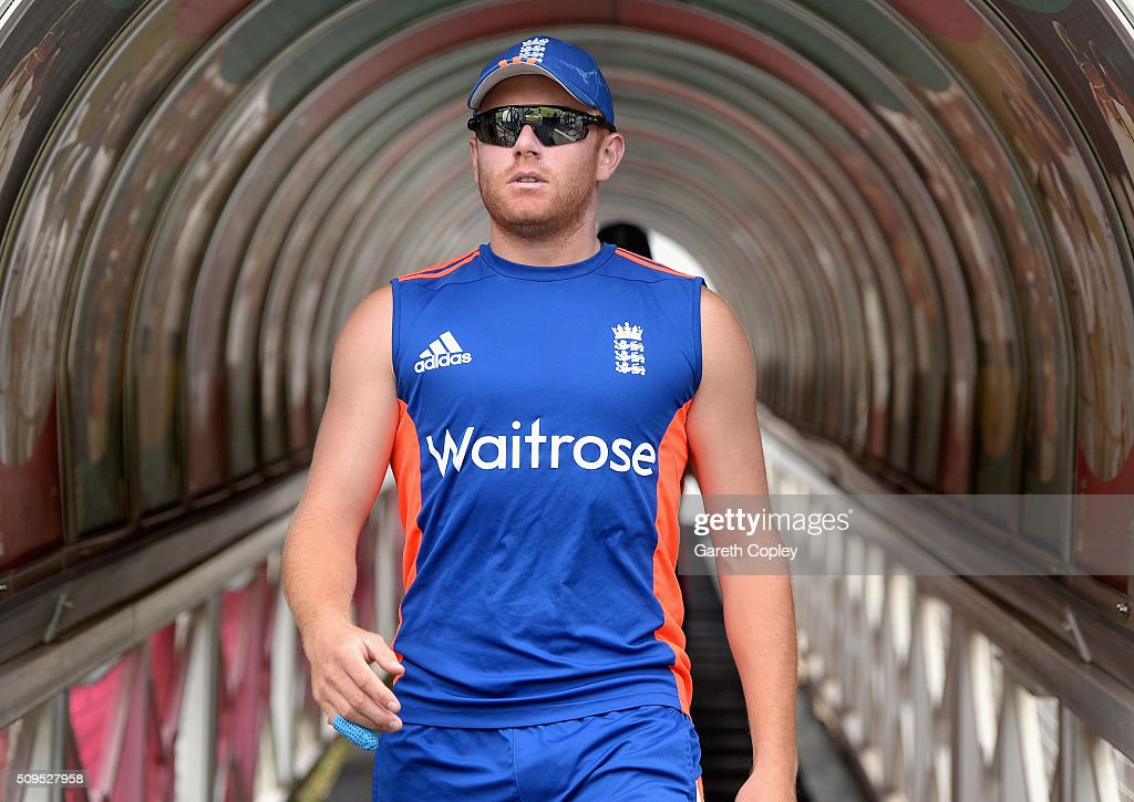 <a gi-track='captionPersonalityLinkClicked' href=/galleries/search?phrase=Jonathan+Bairstow&family=editorial&specificpeople=6893210 ng-click='$event.stopPropagation()'>Jonathan Bairstow</a> of England walks from the tunnel ahead of a nets session at Bidvest Stadium on February 11, 2016 in Johannesburg, South Africa.