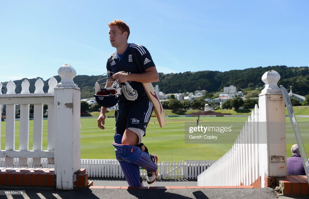 <a gi-track='captionPersonalityLinkClicked' href=/galleries/search?phrase=Jonathan+Bairstow&family=editorial&specificpeople=6893210 ng-click='$event.stopPropagation()'>Jonathan Bairstow</a> walks to the nets during a England nets session at Basin Reserve on February 14, 2013 in Wellington, New Zealand.