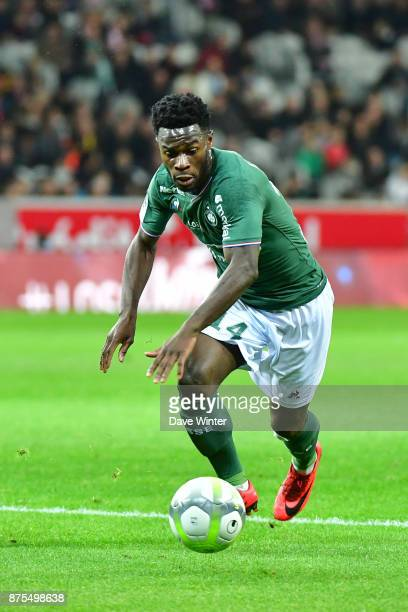Jonathan Bamba of St Etienne during the Ligue 1 match between Lille OSC and AS SaintEtienne at Stade Pierre Mauroy on November 17 2017 in Lille France